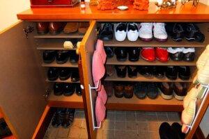 ビフォーアフター 玄関 靴箱 片付け後  アフター