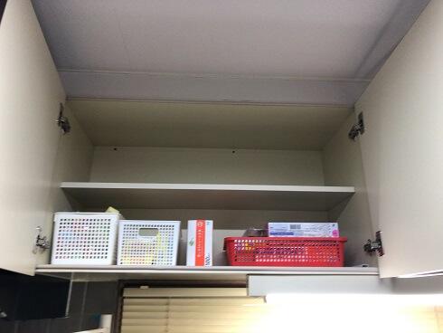 ビフォーアフター キッチン 吊戸棚 片付け後